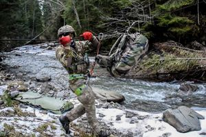 Combat swimmers conducted mountain training exercises in the winter